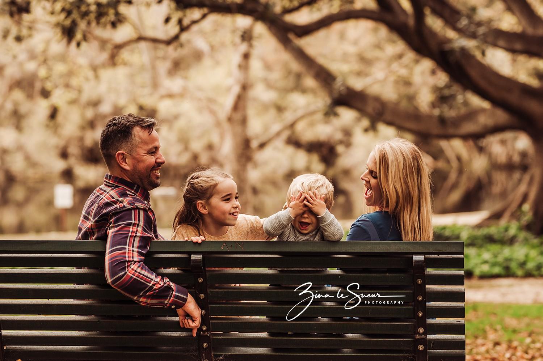 family-candid-portrait-hyde-park-perth